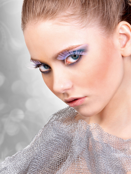 Magic Colors - White Glitter Eyelashes 556