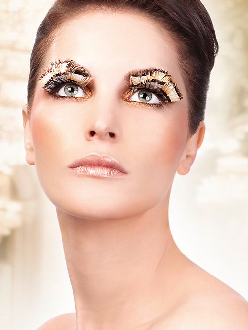 Paradise Dreams - Beige-Brown Feather Eyelashes 646