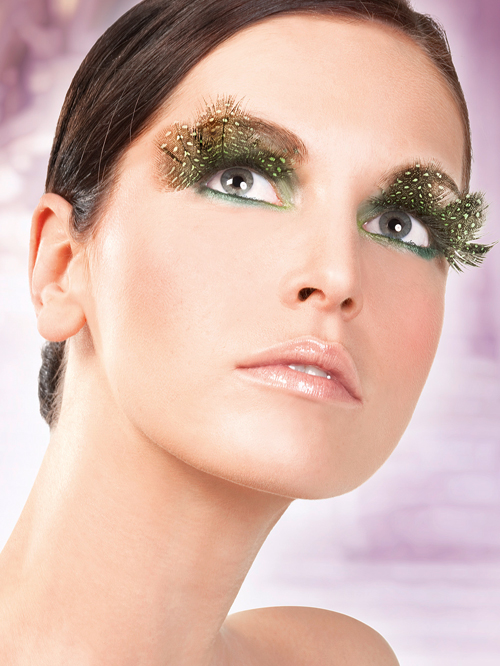 Paradise Dreams - Brown-Green Feather Eyelashes 643