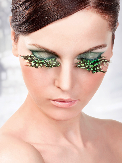 Paradise Dreams - Light Green-Black Feather Eyelashes 641