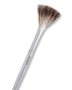 Kryolan Premium Fan Brush 9741
