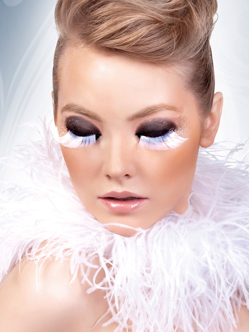 Glamour - White-Gray Feather Eyelashes 560