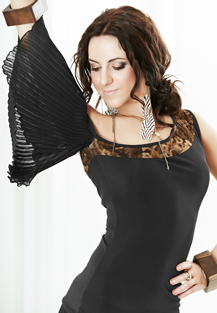 Je Dor Asymetric Pleat Sleeve Dance Top E1291
